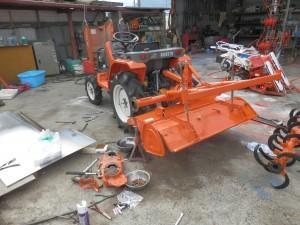 農機具 トラクター ベアリング交換